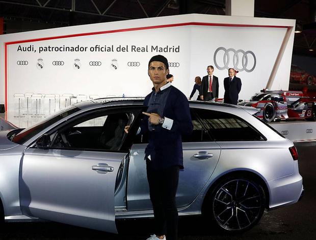 BLOG: Patrocinadora distribui carros de luxo para os jogadores do Real Madrid