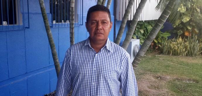 Gilmey Aimberê, técnico do Santa Rita (Foto: Denison Roma/ GloboEsporte.com)