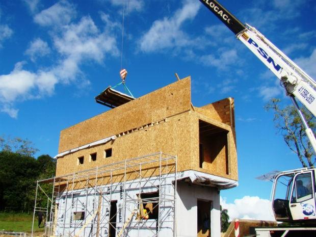Construções sustentáveis de aproximadamente 200 metros quadrados levam entre três e quatro meses para serem concluídas (Foto: Arquivo Pessoal)
