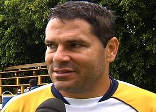 Leonardo Souza, técnico da Aparecidense (Foto: Reprodução/TV Anhanguera)