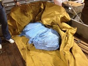 Cocaína estava escondida em carroceria de caminhão (Foto: Polícia Federal/Divulgação)