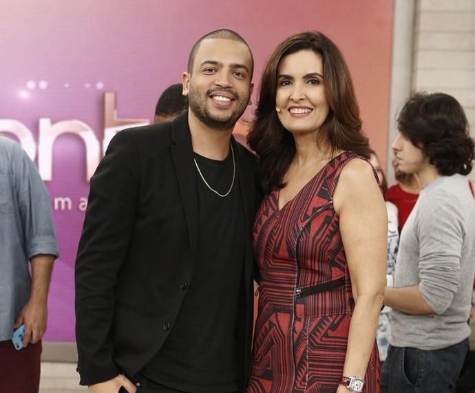Projota cantou sucessos no 'Encontro' (Foto: Inácio Moraes/Gshow)