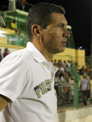 Ferrim, treinador do Picos (Foto: Josiel Martins)