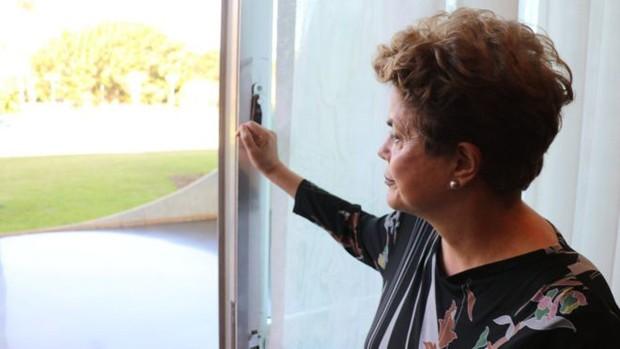 A presidente afastada Dilma Rousseff (Foto: BBC)