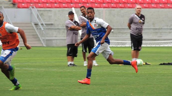 Keno Santa Cruz (Foto: Aldo Carneiro / Pernambuco Press)