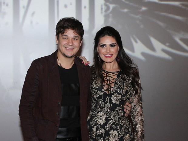 Natália Guimarães e o marido, Lendro, em evento em São Paulo (Foto: Paduardo/ Ag. News)