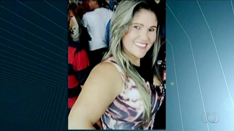 Jovem baleada em Gurupi recebeu alta do Hospital Geral de Palmas (Foto: Reprodução/TV Anhanguera)