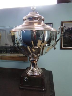 troféu Željeznicar Bósnia (Foto: Alexandre Lopes)