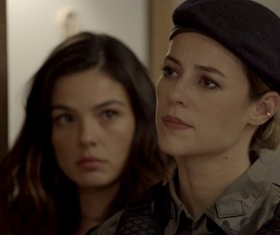 Isis Valverde e Paolla Oliveira em cena de 'A força do querer' | TV Globo