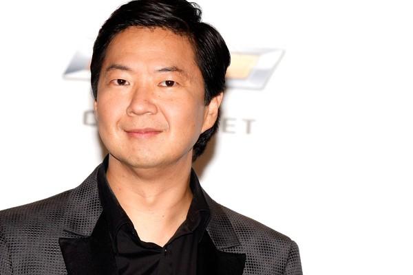 Sabia que Ken Jeong, o Leslie Chow da trilogia 'Se Beber, Não Case', é um obstreta licenciado? Ele se formou na Universidade da Carolina do Norte em 1995 - Jeong decidiu seguir com a carreira de ator só em meados dos anos 2000. (Foto: Getty Images)