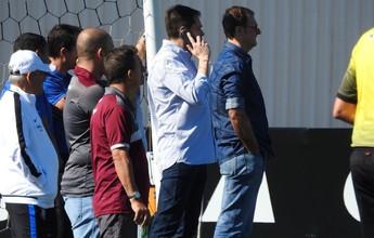 """Sem Pato, diretor prega cautela por reforços: """"Não faremos loucuras"""""""