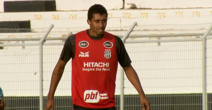 Zagueiro César, da Ponte Preta (Foto: Carlos Velardi/ EPTV)