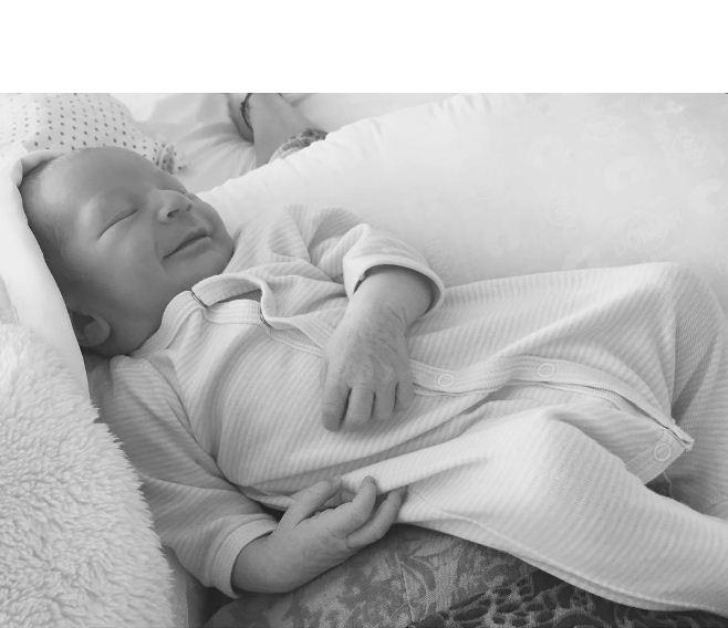 Anacã, filho de Candice Swanepoel (Foto: Reprodução/Instagram)