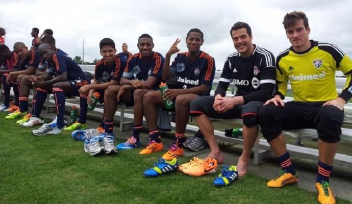 Time do Fluminense com Julio César (Foto: Site oficial do Fluminense)
