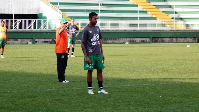 Fabinho Alves Chapecoense (Foto: Laion Espíndula)