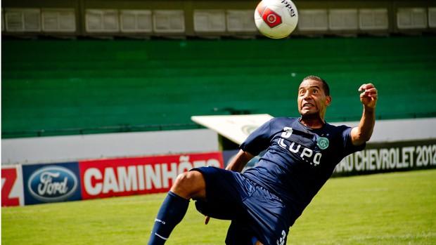 Wellington Monteiro é o capitão do Guarani (Foto: Rodrigo Gianesi / Globoesporte.com)