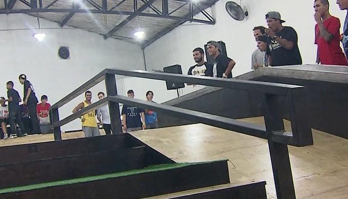 Pista de skate Kelvin Hoefler Guarujá (Foto: Reprodução / TV Tribuna)
