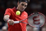 Federer despacha surpresa francesa  e avan�a �s quartas de final em Paris