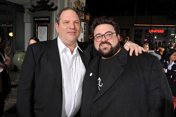 O diretor Kevin Smith e o produtor Harvey Weinstein (Foto: Getty Images)