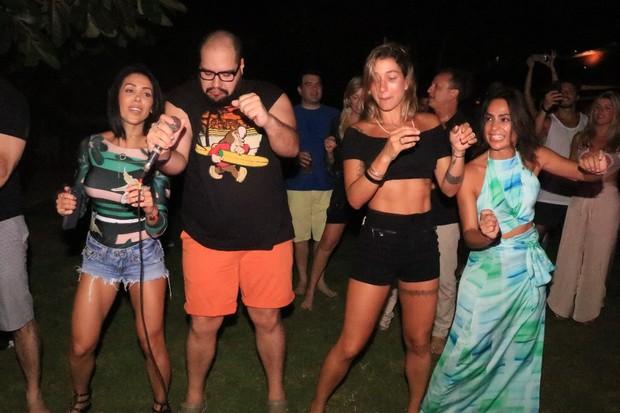 Bella Falconi, Tiago Abravanel e Gabriela Pugliesi (Foto: Fred Pontes/Divulgação)