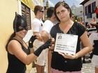 Estudante se fantasia de Irmã Zuleide (Diego Moraes/ G1)