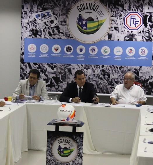 no papel (Fernando Vasconcelos / Globoesporte.com)