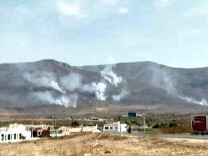 Segundo moradores, incêndio já dura cinco dias (Foto: TV Verdes Mares/Reprodução)
