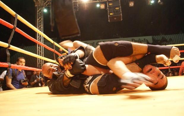 Jaime Marcelo em ação no octógono (Foto: Arquivo Pessoal)