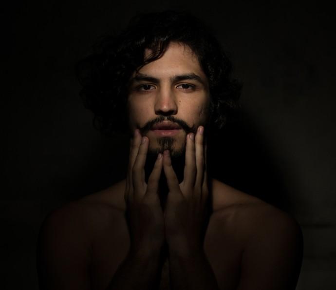 Gabriel Leone (Foto: Flora Negri)