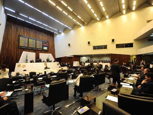 Assembleia Legislativa do Paraná aprovou criação de cargos comissionados para o MP (Foto: Pedro Oliveira/Alep/Divulgação)