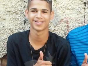 Eduardo Felipe Santos Victor tinha 17 anos (Foto: Reprodução / Facebook)