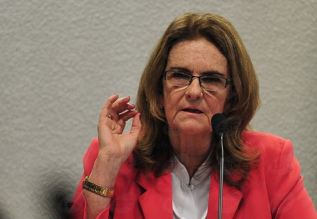 Graça Foster fala à Comissão de Assuntos Econômicos no Senado (Foto: Antônio Cruz/Agência Brasil )