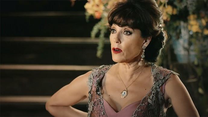 Iolanda diz para Tereza deixar Miguel seguir seu destino (Foto: TV Globo)