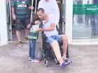 Neto deixa hospital e vai para casa; zagueiro é 3º sobrevivente a ter alta