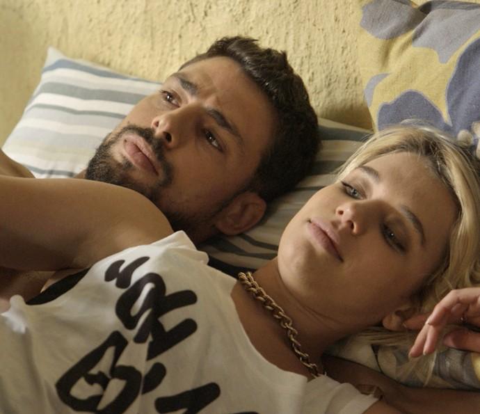 Belisa desabafa com Juliano (Foto: TV Globo)