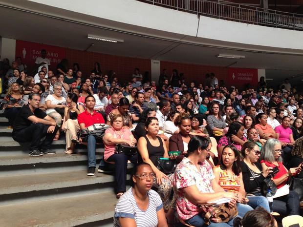 Aprovados no concurso do conselho tutelar em reunião sobre o processo eleitoral (Foto: Gabriel Luiz/G1)