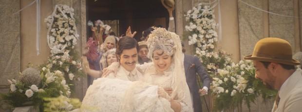 Gabriella Mustafá estreia em  na novela Dois Irmãos e divide a personagem Zana com Juliana Paes e Eliane Giardini (Foto: Reprodução da TV Globo)