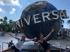 Juliana Paes curte folga e visita Universal Orlando