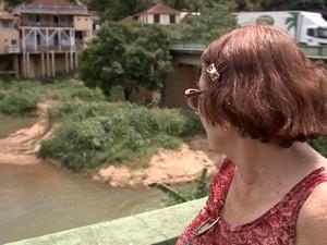 'É muito triste', diz aposentada (Foto: Reprodução/ TV Gazeta)