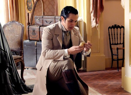 Roberto descobre que foi enganado por Massimo