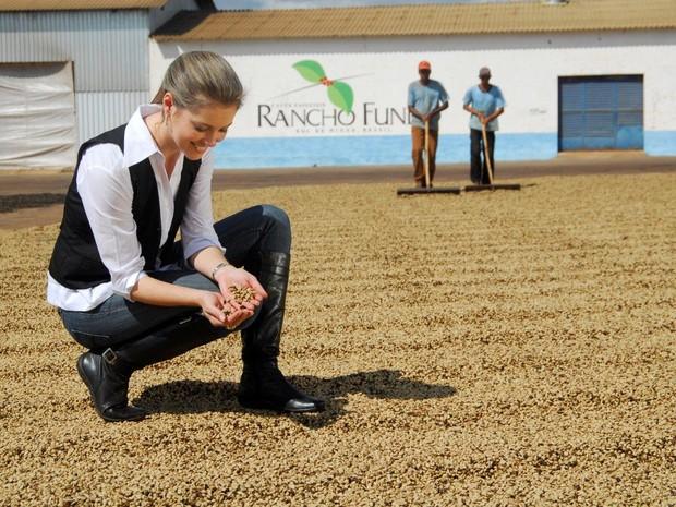 Há 9 anos, Vanessa criou marca de cosméticos usando café como matéria-prima, três pontas (Foto: Kapeh/Divulgação)