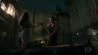 Rômulo diz a Sula que Filipe quer que eles terminem o namoro