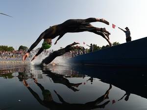 Largada triatlo Pan (Foto: Harry How/Getty Images)