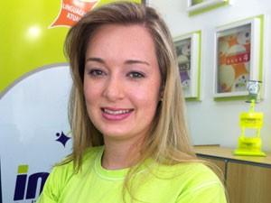 Para Amanda, abrir o próprio negócio foi a opção para iniciar cedo uma carreira (Foto: Divulgação)