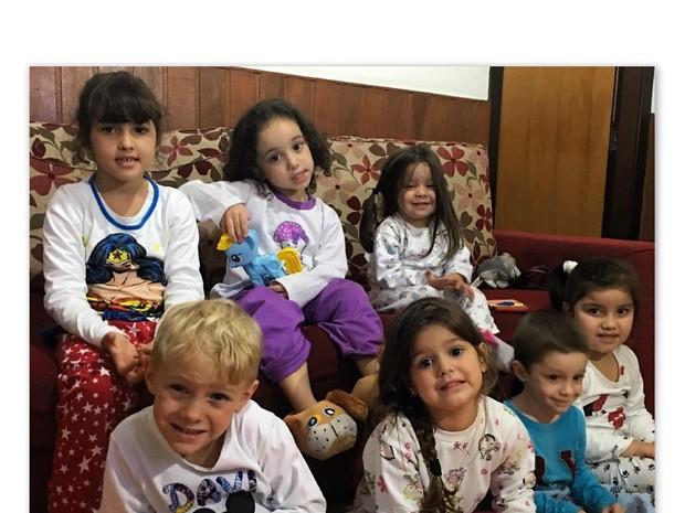 Davi Lucca faz festa do pijama  (Foto: Reprodução / Instagram)