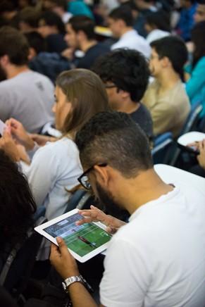 Estudantes e interessados em jogos digitais compareceram ao encontro (Foto: Bob Paulino)