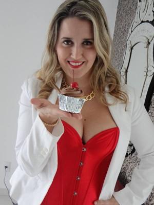Uberlandense descobriu talento e virou empresária (Foto: Elisângela Ambrósio/Arquivo Pessoal)