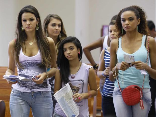 Por que será que elas estão com essa cara de tensão? (Foto: Salve Jorge/TV Globo)