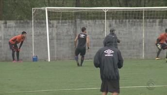Joinville treina forte para escapar do Z-4 (João Lucas Cardoso/JEC)