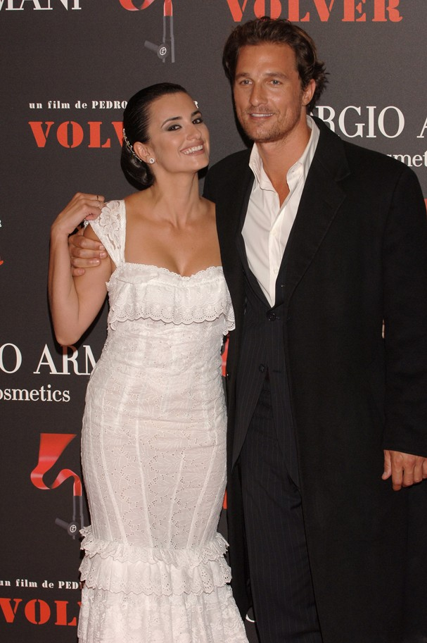 Penelope Cruz e Matthew McConaughey em 2006 (Foto: Getty Images)
